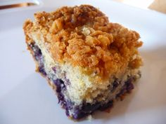 Blueberry Crumb Cake | If you're looking for a great breakfast, brunch or afternoon treat I do hope you'll try this.