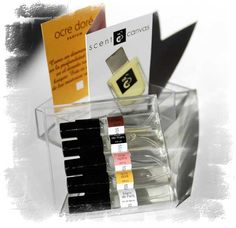 Scent on Canvas: 5 sample-pack, (3ml each) is 10€ (+2€ mailing cost)