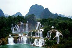Green Travel China, Detian Waterfalls, China
