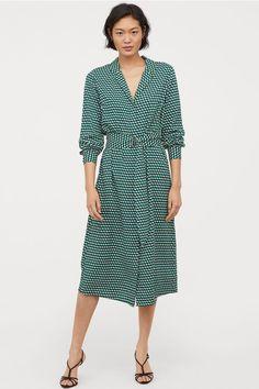V-neck Dress - Green/patterned - Ladies Green Long Sleeve Dress, Green Dress, Paperbag Hose, German Fashion, Calf Length Dress, Spring Outfits Women, Mini Vestidos, Wrap Dress Floral, Retro Chic