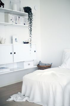 white bedroom nice closet idea