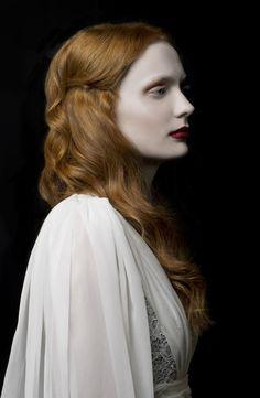 Chris Talbot Photographie - Olivia Jane - cheveux Emma Louise - maquillage Victoria Holdstock - concepteur Légende nuptiale