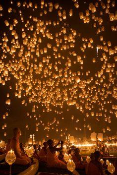 floating lanterns, thailand.. gorgeous