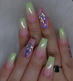 The most popular coffin nails designs come. You can draw great inspiration from each of these beautiful nails! Get ready to save it all! Beautiful Nail Designs, Cute Nail Designs, Acrylic Nail Designs, Hot Nails, Swag Nails, Modern Nails, Nail Art Studio, Best Acrylic Nails, Dream Nails