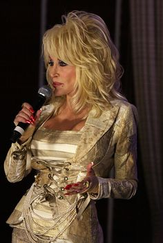 Dolly Parton by Eva Rinaldi Celebrity and Live Music Photographer, via Flickr