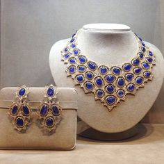 18K Yellow Gold Necklace and Pendant Earrings with Cabochon Sapphires and Rose-Cut Diamonds. #TimelessBlue