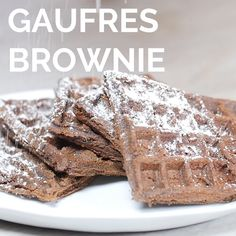 Brownie recipes 391602130097345280 - Gaufres chocolat Source by Small Batch Waffle Recipe, Waffle Recipe No Milk, Easy Waffle Recipe, Waffle Recipes, Tasty Dessert Recipe Videos, Tasty Videos, Food Videos, Brownie Recipe Video, Brownie Recipes