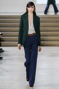 Jil Sander - Fall 2015 Ready-to-Wear - Look 2 of 46?url=http://www.style.com/slideshows/fashion-shows/fall-2015-ready-to-wear/jil-sander/collection/2