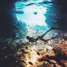 美しい水中の世界。人気のアウトドア シュノーケルの参考一覧です。