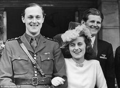 Despite her parent's wishes, Kick (right) marriedWilliam Cavendish, Marquess Of Hartington (left) in 1944. The only Kennedy in attendance was her brother, Joe Jr