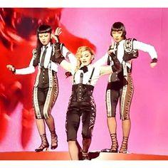#Madonna #laislabonita #rebelheart #rebelhearttour #koln #cologne #rebelhearttourkoln #rebelhearttourcologne #madonnadancers#ayasato1006#bambi_0615