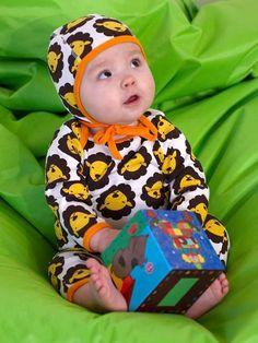 Meandi kevätmallisto 2009 :::: Leijonakuvioinen vauvanhaalari, 50/56-74/80, 29 € :::: Leijonakuvioinen vauvanmyssy, 44/46-48/50, 8 €