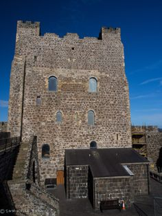 Carrickfergus Castle is a Norman castle in Northern Ireland, situated in the town of Carrickfergus in County Antrim, on the northern shore of Belfast Lough. Besieged in turn by the Scots, Irish, English and French it remains one of the best preserved medieval structures in Ireland. Wikipedia