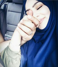 Muslim Couples, Muslim Women, Couple Pictures, Girl Pictures, I Love Beards, Islam Marriage, Modele Hijab, Cute Couples Goals, Couple Goals