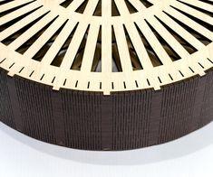Gracias por visitar nuestra tienda. Para la venta es bolso madera (sólo modelo de corte vector láser). ___DESIGNS___ Bolso de madera tienen un diseño exclusivo. Conjunto de patrones 1: crean patrones de madera contrachapada de 3,2 mm (1/8 pulg) Producto digital incluye AI, EPS, CDR,