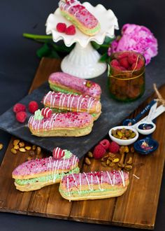 Since my last eclair video recipe, I've been trying out new fillings and flavor combinations and this one takes the gold! Perfectly baked eclairs filled with a fluffy and cream pistachio cream, dotted with fresh raspberries and dipped into a raspberry glaze. These eclairs are unbelievably delicious and go so well with a cup of […]