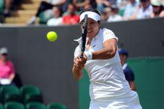 Li Na hits a backhand on No.2 Court - Javier Garcia/AELTC