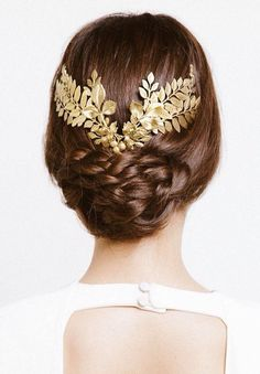 Modern Goddess | Golden Laurel Wreath | cynthia reccord