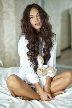 beautiful natural long hair.