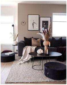 Living Room Decor Cozy, New Living Room, Bedroom Decor, Beige Living Rooms, Small Living Rooms, Living Room Decor Ideas Apartment, Small Apartment Living, Wall Decor, Living Room Colors