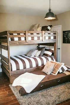 Bunk beds design and room ideas. Most amazing bunk beds for kids. Designing bunk beds that you might like. Bunk Bed Plans, Murphy Bed Plans, Kids Bunk Beds, Pop Up Trundle Bed, Trundle Beds, Rustic Kids Rooms, Modern Bunk Beds, Modern Bedrooms, Shared Bedrooms