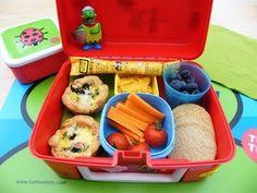 Készüljünk az iskolakezdésre: tízórait a gyerek(ek)nek! School Lunch Menu, Back To School Lunch Ideas, Easy School Lunches, Healthy School Snacks, Easy Toddler Lunches, Toddler Lunch Box, Healthy Toddler Meals, Kids Meals, Healthy Meals
