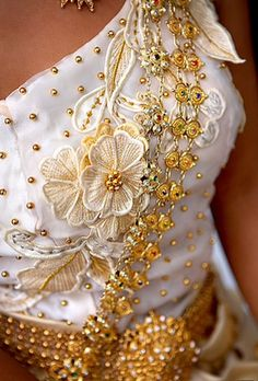 1000 images about cambodia khmer lao traditional dress for Cambodian wedding dresses sale