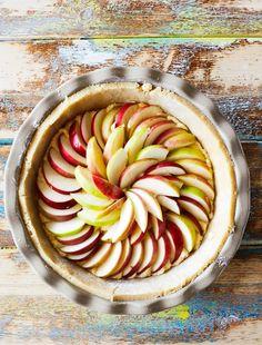 Parhaat omenapiirakat – 10 rakastetuinta reseptiämme | Maku Ratatouille, Apple Pie, Baking, Ethnic Recipes, Desserts, Food, Kite, Tailgate Desserts, Deserts