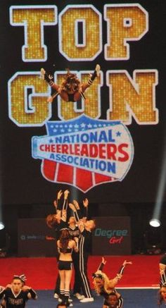 Top Gun Toe Touch Basket - they could read a book while she's up there. Cheer Jumps, Cheer Stunts, Cheer Dance, Cheerleading, All Star Cheer, Cheer Mom, Famous Cheerleaders, Cheer Pictures, Cheer Pics