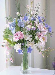 Flower Photos, My Flower, Flower Decorations, Floral Arrangements, Beautiful Flowers, Glass Vase, Centerpieces, Floral Wreath, Table Settings