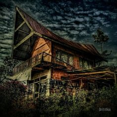 Semi traditional house of Batak Toba #indonesia | @retrotikaa