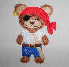 Teddy Pirat machine embroidery www.cyncopia.com