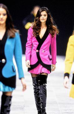 Versace Fall 1991 Ready-to-Wear Fashion Show - Stephanie Seymour