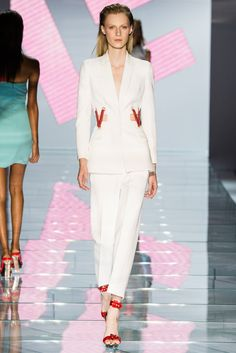 Versace Spring 2015 Ready-to-Wear Fashion Show - Julia Nobis