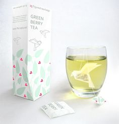 Green berry tea origami packaging: Design by Natalia Ponomareva #package #origami #bird