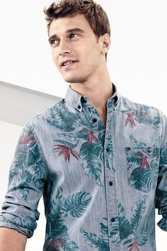 Floral print shirt for men — Men's Fashion Blog - #TheUnstitchd