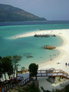 Sunrise Beach in Koh Lipe, Thailand