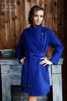 Синее пальто женское коллекции осень- зима 2015 демисезонное