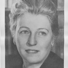 Pearl S. Buck Pearl S. Buck (1892–1973) was a bestselling and Nobel Prize–winning author. Her classic novel The Good Earth (1931) was awarded a Pulitzer Prize and William Dean Howells Medal. For her body of work, Buck received the Nobel Prize for Literature in 1938, the first American woman to have done so. She died in Vermont.