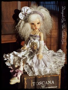 Kaye Wiggs doll by The Trinket box designs