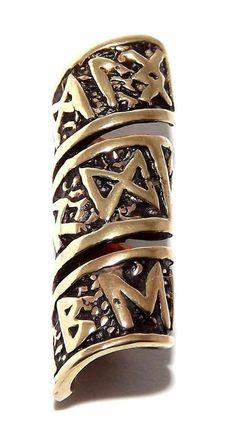 Long rune beard tube, a bead for beards or dreadlock hair. Made from bronze. Hair And Beard Styles, Curly Hair Styles, Beard Decorations, Beard Accessories, Beard Jewelry, Beard Beads, Beard Gifts, Thor, Vikings