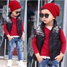 """DOUBLE FEATURE ❤️❤️ @maks_model #trendy #feature #follow #shoutout #style #stylish #kidstyle #kidfashion #fashion #cute #tagsforlikes #photooftheday…"""