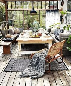 Novel Small Living Room Design and Decor Ideas that Aren't Cramped - Di Home Design Style At Home, Outdoor Spaces, Outdoor Living, Outdoor Tables, Indoor Outdoor, Farm Tables, Wood Tables, Outdoor Sheds, Kitchen Tables