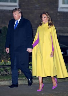 Julien Macdonald, Professional Summer Outfits, Donald Trump Facts, Milania Trump Style, Donald And Melania, Trump Is My President, First Lady Melania Trump, Royal Fashion, Fashion Outfits