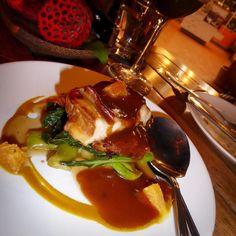 Jasmine tea smoked chicken with orange honey glaze and Chinese broccoli at Marum Restaurant Siem Reap. #siemreap #cambodia #marum #travel #yummy #delicious #eat #chicken #restaurant #food #foodadventures #tastetravel #tastetravelfoodadventuretours #sunshinecoast #australia #holiday #vacation #instafood #instagood #followme #localsknow #cookingclass #foodie #foodietour #foodietravel #angkorwat #sightseeing