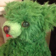 アルパカを緑に染め、もふもふのクマを作りました。|ハンドメイド、手作り、手仕事品の通販・販売・購入ならCreema。