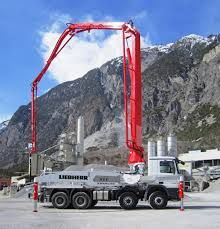 Truemax truck-mounted concrete pumps are available in all conventional boom sizes. Depending on the type, various boom folding systems are available.