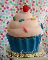 Sugar Sweet Cakes and Treats: Giant Cupcake Cake