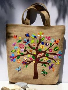 Handmade jute λινατσα Summer Tote bag with colorful by Apopsis Tote Bags Handmade, Handmade Handbags, Summer Tote Bags, Jute Bags, Burlap Bags, Hessian, Pocket Pattern, Pattern Images, Patchwork Bags