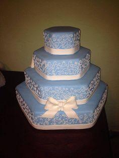 Bolo Falso Azul Tiffany